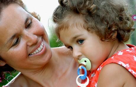 תינוק ומוצץ סיפור אהבה
